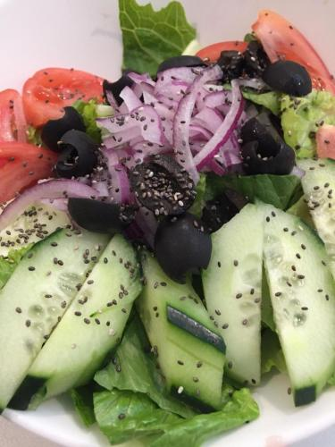 house salad with chia seeds